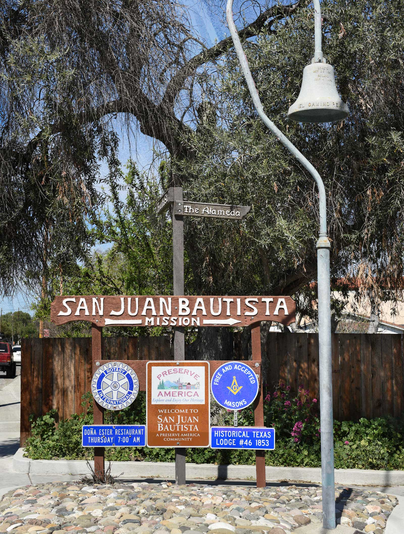 San Juan Bautista Welcome sign